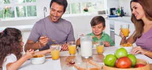 kids-eat-breakfast-good-morning-breakfast-FLT0NW-clipart